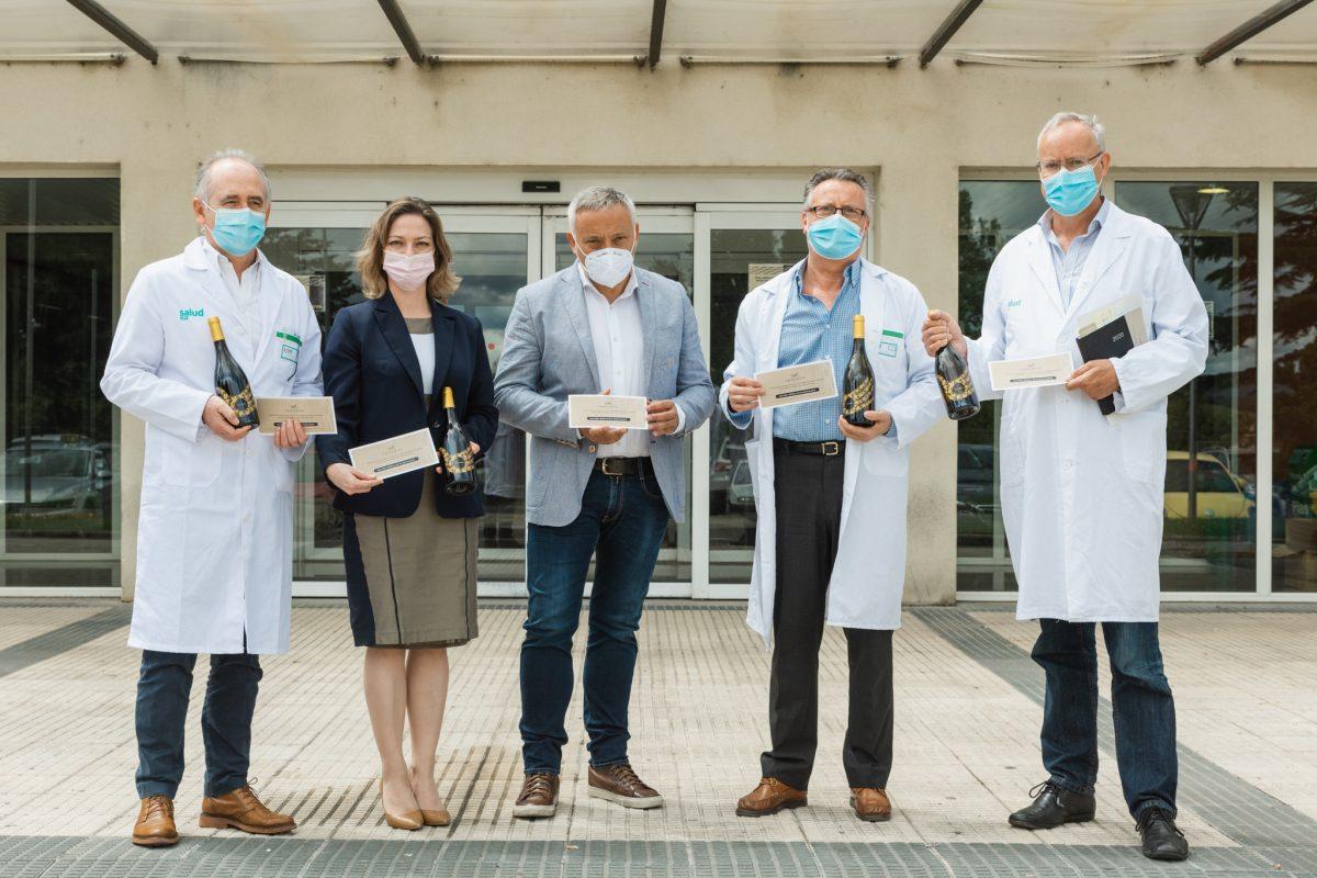 El Grillo y la Luna dona 3.963 botellas de 12 Lunas a los sanitarios de Huesca y Barbastro